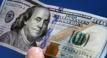 Dólar: el blue volvió a caer y cotizó a $175, el Banco Central tuvo saldo positivo de U$S 5 millones