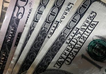 Dólar hoy: el Blue subió un peso y cerró la jornada a $161 en la City porteña