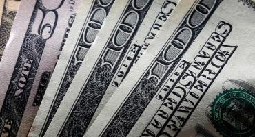 Dólar blue se mantuvo en $178 y el contado con liquidación cayó a $152,30