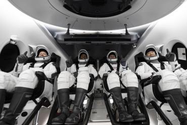 Regresó a la Tierra con éxito la primera misión espacial entre NASA y SpaceX