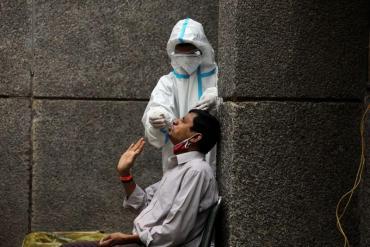 Coronavirus: India será prioritario para la vacuna AstraZeneca Oxford