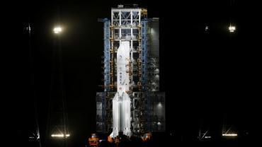 VIDEO: China lanzó su sonda Chang'e-5 a la Luna, recolectará muestras de rocas