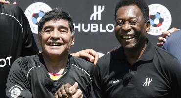 """Pelé llora la muerte de Maradona: """"Un día jugaremos juntos en el cielo, amigo"""""""