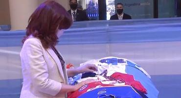 Cristina Kirchner despidió los restos de Diego Maradona en la Casa Rosada