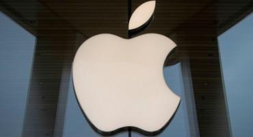Italia multa a Apple con casi $ 12 millones por engañar a los propietarios de iPhone