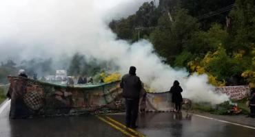 Nuevos incidentes en Villa Mascardi con grupos mapuches durante operativo en zona tomada