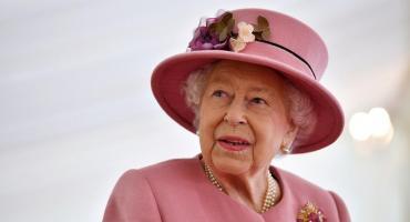 La reina Isabel II pasó la noche en un hospital: el comunicado del Palacio de Buckingham
