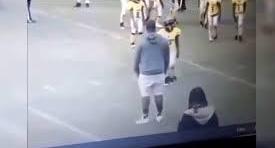 EE.UU: violenta agresión de un entrenador infantil a un niño