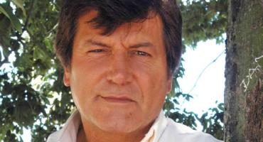 Despedida a Carlos Calvo: velatorio en el Teatro Liceo, solo ante familiares y amigos
