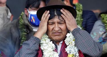 Tensión y sillazo contra Evo Morales