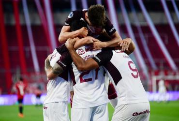 Lanús superó a Independiente y se metió en las semifinales de la Copa Sudamericana