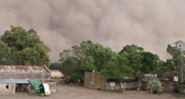 Impresionantes imágenes: La Pampa arrasada por tornados, lluvias y tormentas de arena