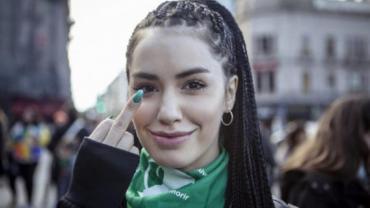Lali Espósito emocionada con la aprobación de la ley del Aborto: