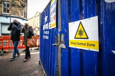Coronavirus en Escocia: imponen el teletrabajo y prohiben venta de alcohol para frenar contagios