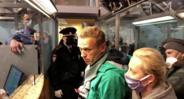 Alex Navalny, principal opositor de Putin regresó a Rusia cinco meses después de ser envenenado y fue arrestado