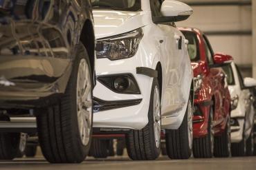 El patentamiento de autos cayó 30,4% interanual en 2020, según informe del INDEC