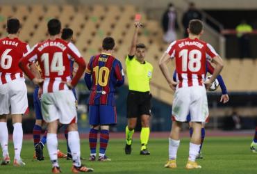 Más problemas para Messi: dos fechas de suspensión por expulsión en la final de la Supercopa de España