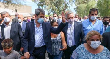 Alberto Fernández recorrió en San Juan las zonas afectadas por el terremoto y anunció obras