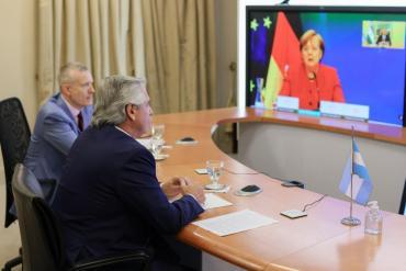 El Presidente Alberto Fernández habló durante 40 minutos con la canciller alemana Angela Merkel