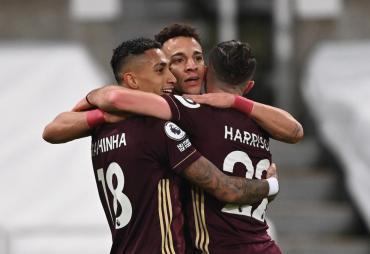 Festeja Bielsa: Leeds volvió al triunfo ante el Newcastle y se acerca a puestos de Europa