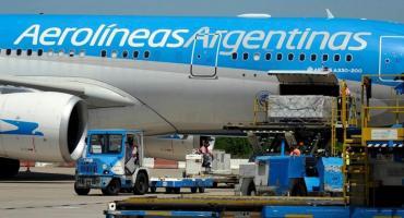 Llegó a Ezeiza el avión que trajo a la Argentina 220 mil dosis de la vacuna rusa Sputnik V contra coronavirus