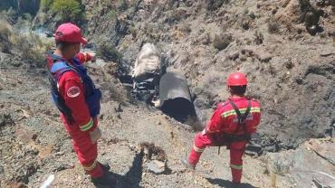 Tragedia en Bolivia: explotó un camión que transportaba oxígeno medicinal y murieron dos argentinos