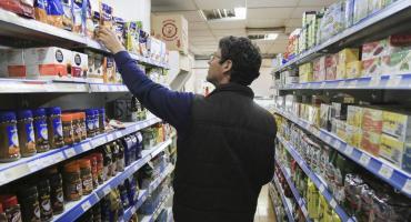 Las Canastas Básicas alimentaria y total aumentaron 4,6% y 4,2% en enero en relación a diciembre; y 44% y 39,8% interanual, según INDEC