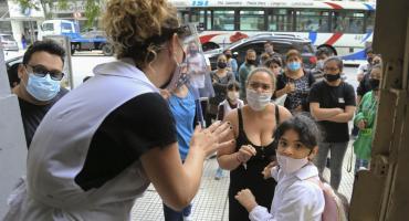 Coronavirus: hasta ahora sólo el 14% del personal docente porteño fue vacunado