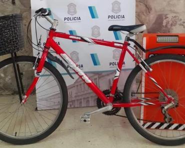 Robó bicicleta, la puso en venta en Facebook, lo descubrieron y será deportado por ser extranjero con pedido de expulsión