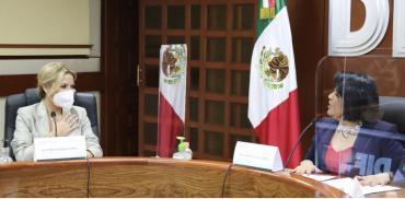 Fabiola Yañez se reunió con directivos mexicanos de la Asistencia Social