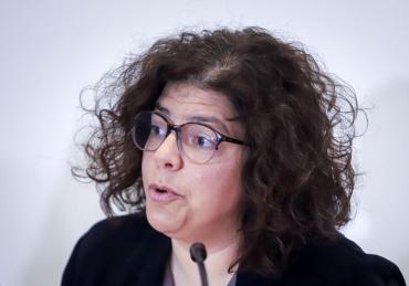 Carla Vizzotti, ministra de Salud, tiene coronavirus y permanecerá aislada
