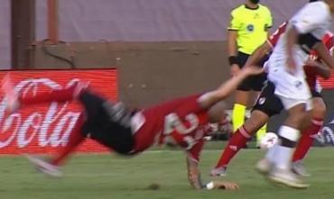 VIDEO IMPACTANTE: sufre River, así fue la tremenda fractura de Javier Pinola contra Platense