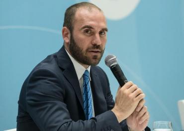 Guzmán dijo que el país no soportaría un nuevo cierre económico por la pandemia