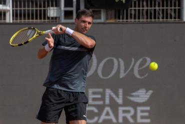 Facundo Bagnis y Federico Delbonis, semifinalistas del ATP de Santiago