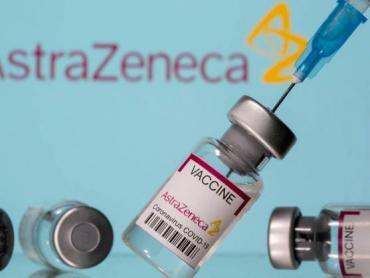 En Reino Unido, 30 personas vacunadas con AstraZeneca padecieron trombos sanguíneos