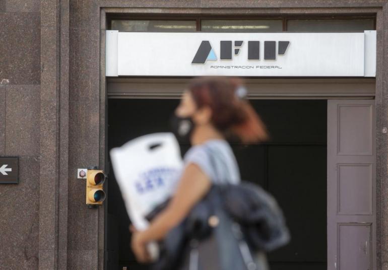 AFIP: Monotributistas deberán pagar hasta $25.000 de deuda por la  categorización retroactiva - Diario 26