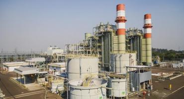 La producción de energía cayó 12,2% interanual en el 4° trimestre de 2020, según INDEC