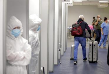 Ante la segunda ola de coronavirus, el Gobierno extendió el cierre de fronteras hasta el 30 de abril