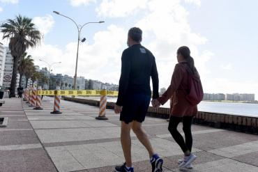 Coronavirus: Uruguay exime de cumplir cuarentena a extranjeros vacunados