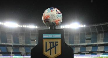 Nuevas restricciones en el fútbol: testeos sorpresa y sanciones a quienes oculten síntomas