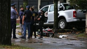 Rosario: persiguió y mató con su camioneta a dos motochorros que le habían robado mochila con u$s 2000