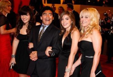 Causa Maradona: los departamentos de Miami serán administrados por Diego Junior, Jana y Dieguito Fernando