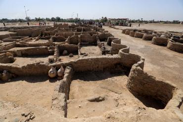 La ciudad perdida de 3000 años de antigüedad hallada en Egipto, en fotos