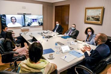 El Gobierno convocó al Consejo del Salario a una reunión virtual para el 27 de abril