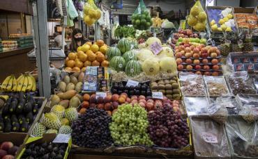 El Gobierno impone medidas para controlar la inflación: alimentos, insumos y electrónica