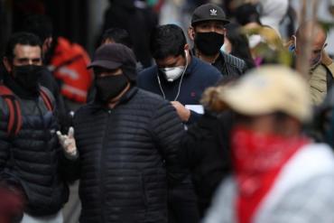 Chile aplicará terceras dosis de vacunas contra el coronavirus a mayores de 55 años