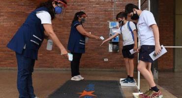 Los colegios privados ratificaron que mantendrán las clases presenciales tras reunión con Trotta