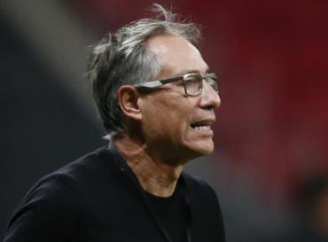 Holan renunció al Santos de Brasil un día antes de jugar con Boca por Copa Libertadores