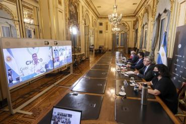 Alberto Fernández advirtió a los gobernadores que
