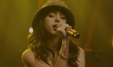 Nicki Nicole, histórica: se presentó en el programa de Jimmy Fallon y brilló con su música